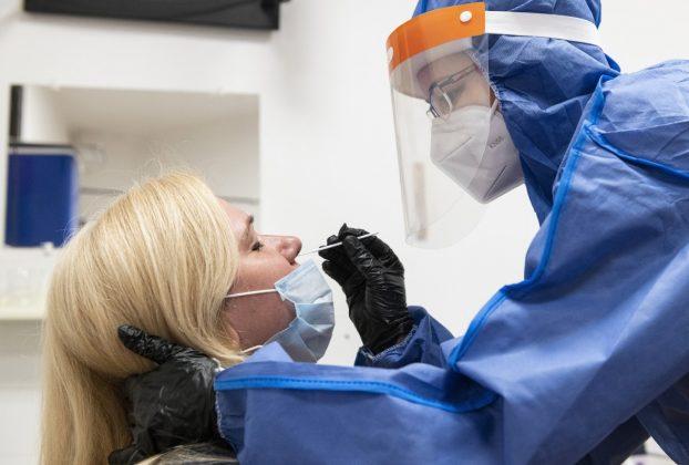 Koronavírus-tesztelés